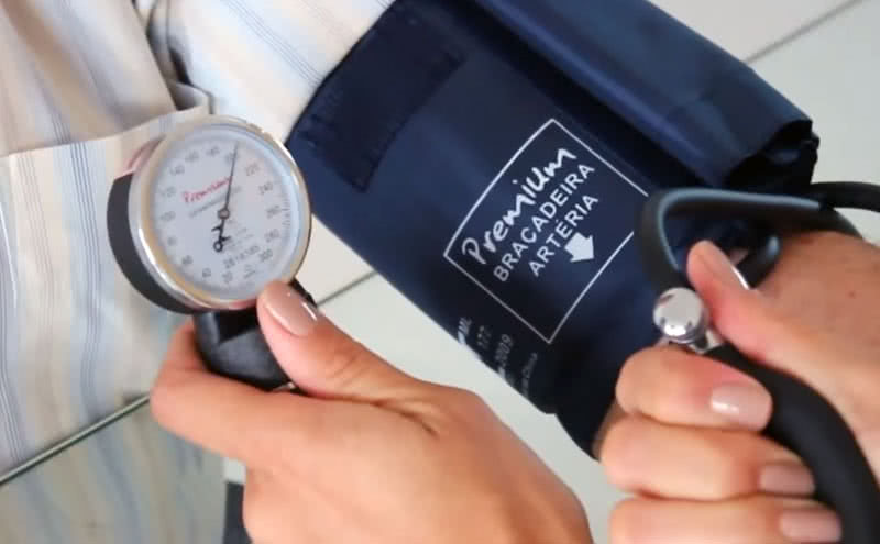 empleo esfigmomanometro